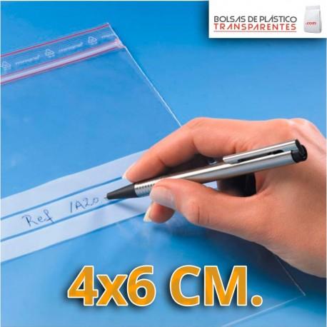Bolsa de Plástico Transparente Polietileno Cierre Zip y Euro Taladro  4x6 cm.